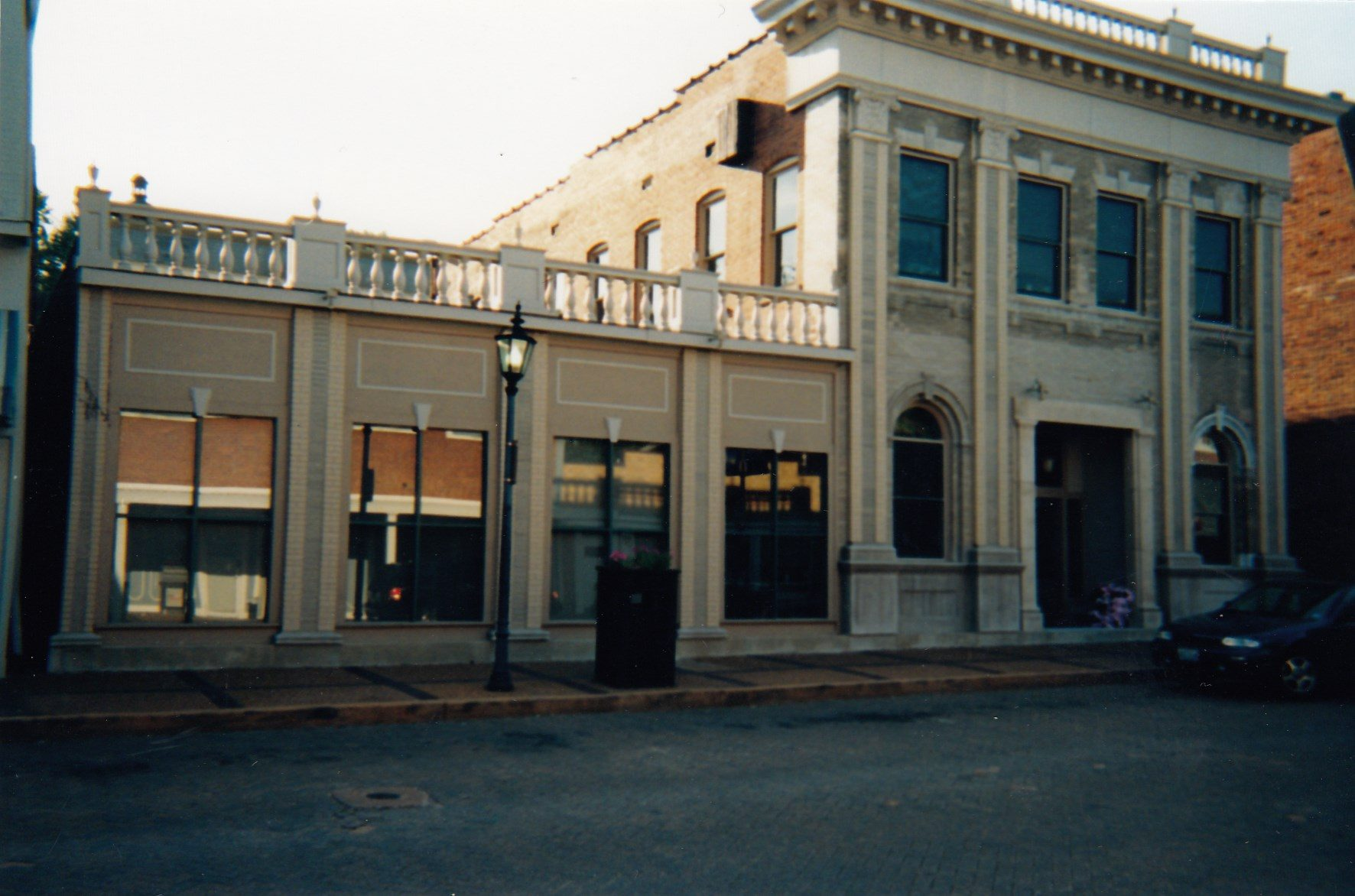 2001: A previous First State Bank branch located at 121 N. Main Street, St. Charles, MO